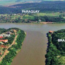 Río con tres zonas de tierra separadas