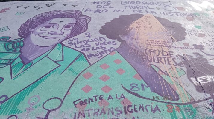 Mural feminista vandalizado en Alcalá de Henares