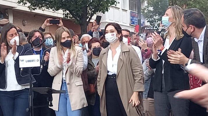 Isabel Díaz Ayuso en un acto de campaña en Fuenlabrada en vista a las elecciones del próximo 4 de mayo.