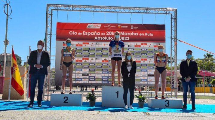 Antía Chamosa en el primer podio del Campeonato de España 20km marcha en ruta